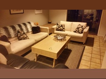 EasyRoommate AU - Room available in Fadden ACT, Monash - $210 pw