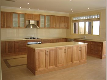 EasyRoommate AU - Luxury Mansion, Suites Avail Including Bathrooms, Couple OK, Preston - $195 pw