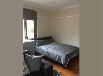 EasyRoommate AU - F/F Studio Room Braddon, Canberra - $300 pw