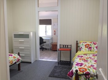 EasyRoommate AU - ALL GIRL House Hawthorne, Balmoral - $125 pw