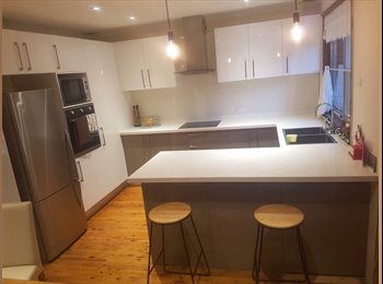 EasyRoommate AU - AWESOME ROOMATE WANTED, St Andrews - $200 pw