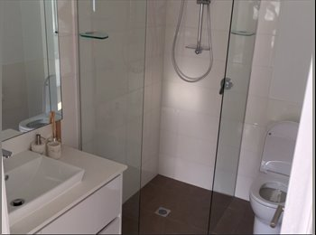 EasyRoommate AU - New Building, Gold Coast - $230 pw