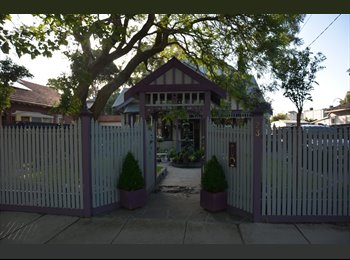 EasyRoommate AU - GREAT ROOM, GREAT PEOPLE, GREAT HOME TO ENJOY- DO YOUR OWN THING, Hampton - $315 pw