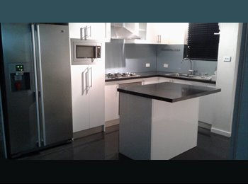 EasyRoommate AU - Beautiful room at South Perth foreshore , Perth - $170 pw