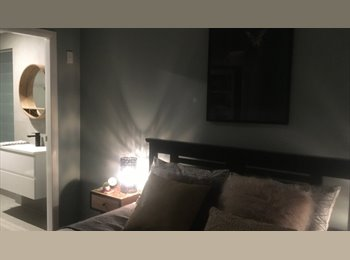 EasyRoommate AU - Modern comfortable home in an great location, Hamilton - $250 pw