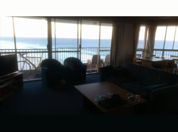 EasyRoommate AU - Really nice apartment, Gold Coast - $130 pw