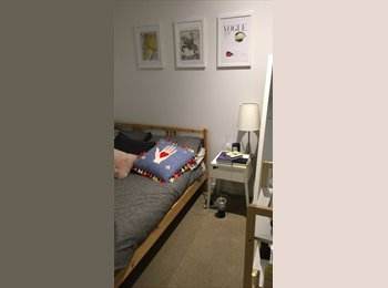 EasyRoommate AU - Epic inner city apartment, Melbourne - $290 pw