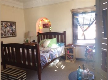 EasyRoommate AU - Great bedroom in manly for all July , Balgo - $350 pw