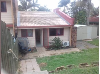 EasyRoommate AU - Spare private room with own study in Southport , Southport - $200 pw