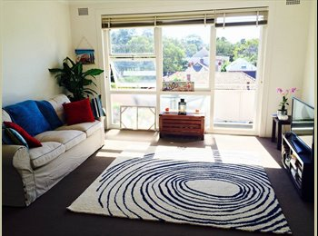 EasyRoommate AU - RANDWICK : LARGE FURNISHED ROOM FOR RENT., Kingsford - $320 pw