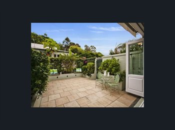 EasyRoommate AU - Private room 2 blocks from Manly Beach!, Balgo - $335 pw