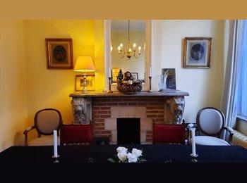 Appartager BE - Magnifique maison à Uccle, top quartier, avec jardin, Uccle-Ukkel - 500 € pm