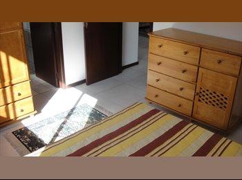EasyQuarto BR - QUARTO MOBILIADO NO AMERICA, Joinville - R$ 580 Por mês