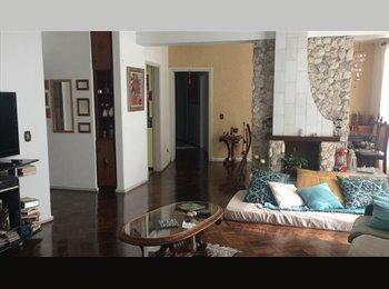 EasyQuarto BR - Quarto, Curitiba - R$ 750 Por mês