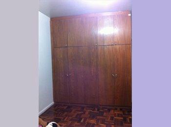 EasyQuarto BR - Ótimo quarto, Curitiba - R$ 900 Por mês