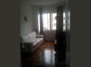 EasyQuarto BR - Apto mobiliado no centro de floripa., Florianópolis - R$ 550 Por mês