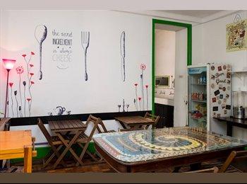 EasyQuarto BR - Quarto para casal na Lapa (room for couples) , Lapa - R$ 1.500 Por mês
