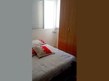 EasyQuarto BR - Alugo quarto para moça , Florianópolis - R$ 650 Por mês