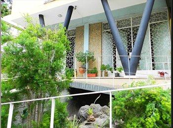 EasyQuarto BR - Suite com varanda, banheiro e armário embutido., Niterói - R$ 437 Por mês