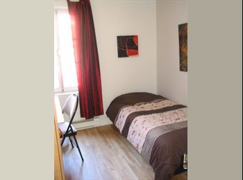 EasyRoommate CA - Chambre à louer dans St-Jean-Baptiste (c-ville), Québec City - $400 pcm