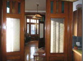 EasyRoommate CA - Two-level Tree House Haven Seeks Wonderful Roomie,, Montréal - $650 pcm