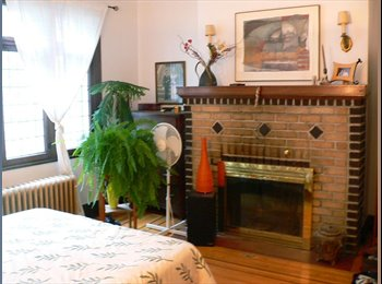EasyRoommate CA - BEAUTIFUL 7 1/2 UPPER DUPLEX TO SHARE IN NDG, Montréal - $595 pcm