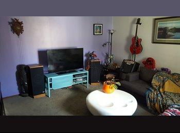 EasyRoommate CA - Room in 3 Bedroom Bungalow in East Kildonan, Winnipeg - $475 pcm