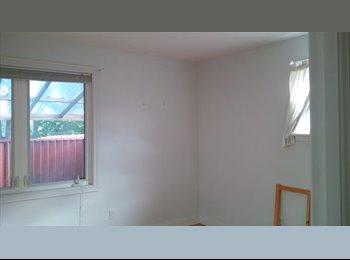 EasyRoommate CA - Room for rent, Ottawa - $500 pcm