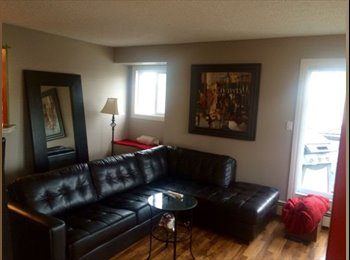 EasyRoommate CA - 1000+ Sqr Ft Condo Downtown (Share with one female), Calgary - $775 pcm