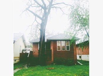 EasyRoommate CA - Room Rental - River Heights Home, Winnipeg - $600 pcm