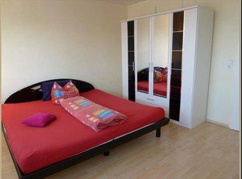 EasyWG CH - Renovierte Wohnung in Zürich, Zürich - 850 CHF / Mois