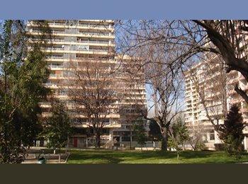 CompartoDepto CL - Arriendo Habitación Amoblada en Las Condes, La Reina - CH$ 150.000 por mes