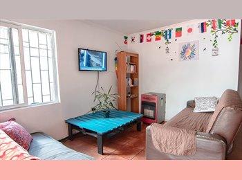 CompartoDepto CL - Casa Metro Los Dominicos con Piscina, La Reina - CH$ 270.000 por mes