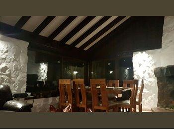 CompartoDepto CL - habitacion casa grande , Lo Barnechea - CH$ 350.000 por mes