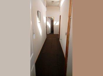 CompartoDepto CL - Se arriendan habitaciones amobladas, a pasos del metro, y a 10min de barrio Universitario y USACH, Estacion Central - CH$ 190.000 por mes