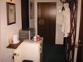 EasyWG DE - 18 m² möbl. WG-Zimmer * furnished flat share room, Deutschland - 380 € pm