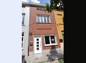 EasyKot EK - volledig ingericht huis voor 2 studenten, Gent-Gand - € 800 p.m.