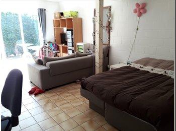 EasyKot EK - Mooie studio's te huur Uilkensstraat 93 Gent (UZ, Sint-Pieters, de Sterre) , Gent-Gand - € 495 p.m.