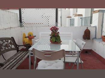 EasyPiso ES - Habitación grande con baño de uso exclusivo., Sevilla - 350 € por mes