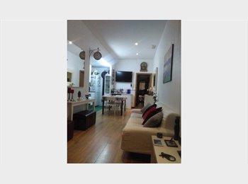 EasyPiso ES - alquilo habitacion  individual con cama doble, Sant Martí - 500 € por mes