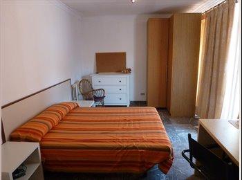 EasyPiso ES - Habitación  individual con mucha luz, Lleida - 230 € por mes
