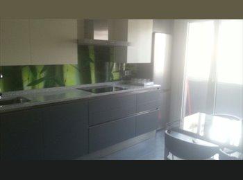 EasyPiso ES - piso compartido, Pamplona - 285 € por mes