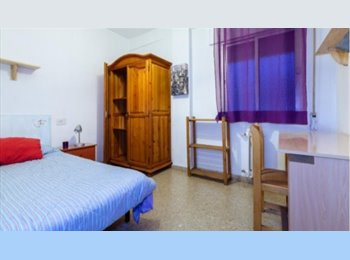 EasyPiso ES - Bonita habitacion en pleno centro de Granada, Granada - 195 € por mes