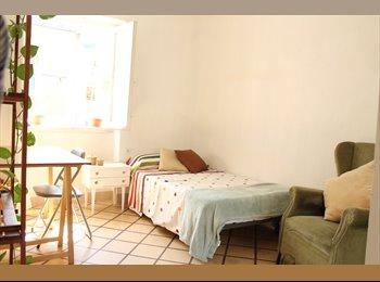 EasyPiso ES - Bonita habitacion en pleno centro de Granada, Granada - 215 € por mes