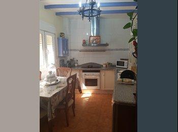 EasyPiso ES - Se alquila habitacion, Almería - 350 € por mes