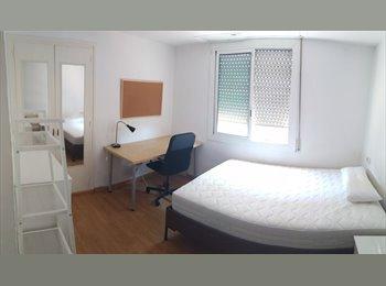 EasyPiso ES - Se alquila habitación doble para los meses de verano, Sant Martí - 550 € por mes