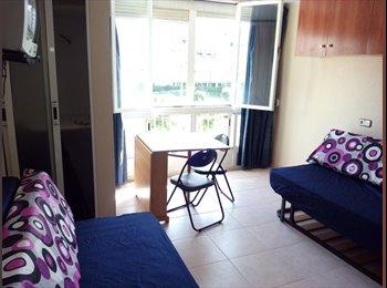 EasyPiso ES - Alquiler estudio en La Pineda, a 50 mts. playa, amueblado y electrodomésticos, Tarragona - 300 € por mes