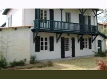 Appartager FR - Anglet maison avec jardin en colocation à l'année, Boucau - 400 € /Mois