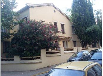 Appartager FR - Toulon st-roch pr.gare&centre* chambres meublées *, Toulon - 390 € /Mois