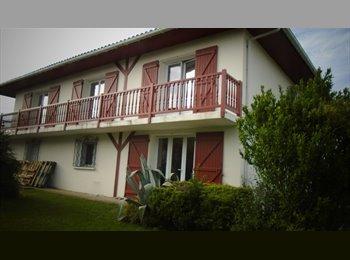 Appartager FR - Bayonne, sept 2017 ds villa louée entièrement à des jeunes, Bayonne - 345 € /Mois